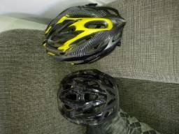 Dois capacetes Bike