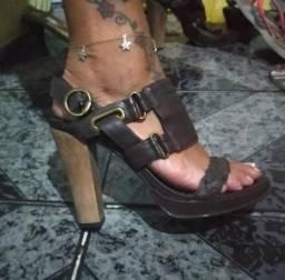 Sandália Colcci por 25 reais aa14b86f9c1