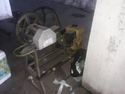 Moenda de cana à gasolina