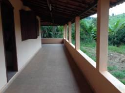 3083 - Piracema Fazenda de 90.000 metros², com Casa de 04 quartos, nascente, córrego