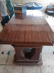 Mesa Antiga pesada e conservada!