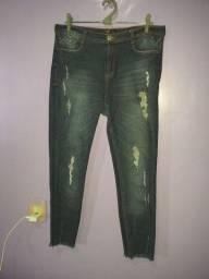 Calça jeans cigarrete (Tamanho 44)