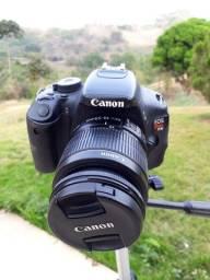 Canon t3i pouco usada , foi dado manutenção recente