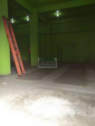 Casa com 3 dormitórios para alugar + Ponto Comercial - R$ 3.000/mes