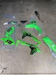 Vendo kit plastico kxf250 2020 ACERBIS