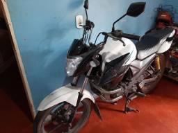 Moto yamaha/ YS150 FAZER SED