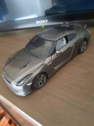 Miniatura Nissan GT-R 2009 1:24