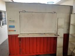 Vendo trailer e balcão caixa