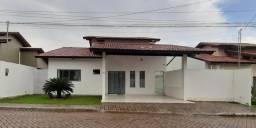 Casa com piscina em condominio em Itz/MA