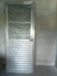 Porta de vidro nova