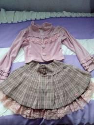 Lote de roupas para menina infantil e sapatilha