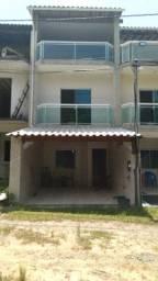 Casa Triplex 110 m² Praia Grande Mangaratiba - 1 Suíte e 2 Quartos, 3 Banheiros