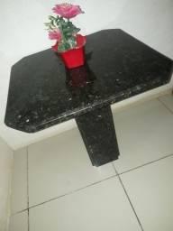 Mesinha de marmore preto