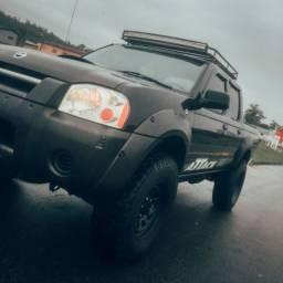 Nissan Frontier 2.8 4x4 2007 Diferenciada!