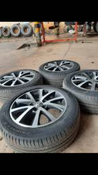 Vendo roda 16 com pneus do jetta