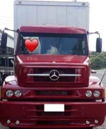 Mercedes L1620 Baú