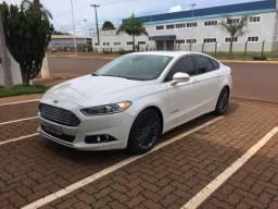 Ford Fusion Titaniun Hybrid