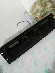 Amplificador Mark áudio 2400