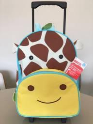 Mochila original Skip Hope rodinhas Girafa Zoo