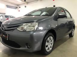 Toyota Etios 1.5 XS Sedan 14/14