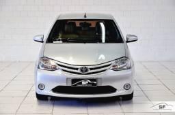 Toyota Etios X 1.3 automático