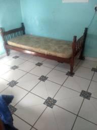 500 reais, sozinha no lote,2 quartos