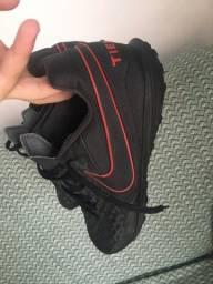 Chuteira sociaty Nike