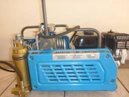 Compressor de Mergulho - Bauer