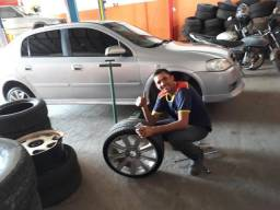 Preciso de um pneu aro 17 2005/40 se alguém souber só chama
