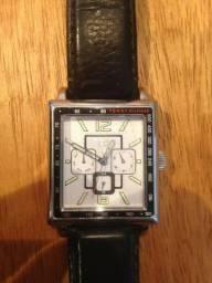 Relógio Tommy Hilfiger - pulseira de couro marrom