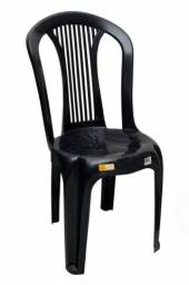 Cadeira plastica nova preta sem braço
