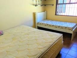 Casa maravilhosa Linear 4 quartos com piscina e churrasqueira