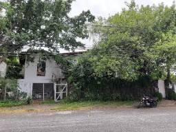 Casa Duplex Caminho das Árvores 4 quartos 600m² com Arquitetura Antiga