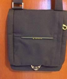 457a0d6a2 Bolsas, malas e mochilas - Capoeiras, Santa Catarina | OLX