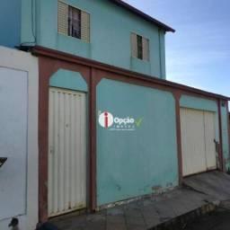 Sobrado com 3 dormitórios à venda, 200 m² por R$ 280.000,00 - Vila Jaiara Setor Norte - An