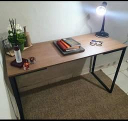 Escrivaninha industrial nova