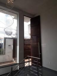 Casa com 3 dormitórios à venda, 240 m² por R$ 850.000,00 - Jardim Vale Verde - Varginha/MG