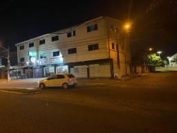 Vendo Prédio na AV. Abel Cabral 1.600,000,00 mil reais 12 kitnets e 5 lojas tudo alugado