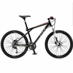 Bicicleta GT Avalanche 2.0 Semi-Nova