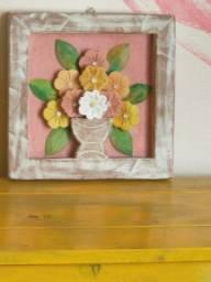 Quadro em madeira rústica 3 D Flores em vaso margaridas em cores diversas