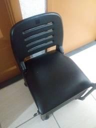 Cadeira para manicuri