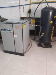 Compressor de parafuso