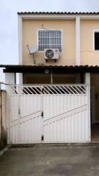 Aluga-se casa duplex Jardim Catarina