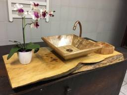 Lavatório em madeira completo