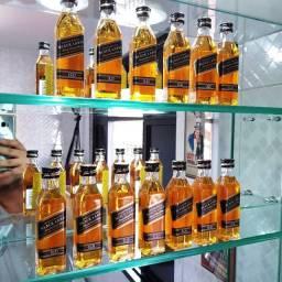 Miniatura Whisky Black Label 12 Anos - 50ml - Original, Lacrada e Licenciada