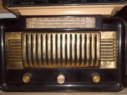 Rádio baquelite valvulado Signal  antigo