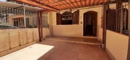 Aluguel Casa Duplex Vila Santa Cecilia. Valor R$ 1.700,00