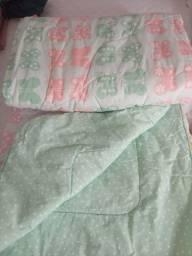 Vende-se Cobertores e Edredom