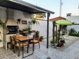 Casa na região Central de SJCampos 300m²