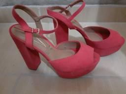 Sandália de salto rosa seco tam 36